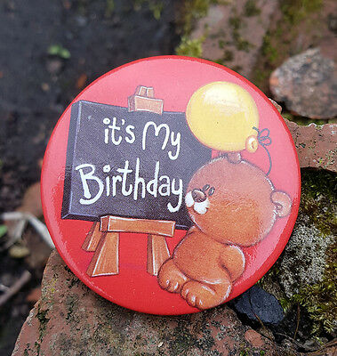 It's My Birthday, Cute Bear with Baloon Round Pin Badge
