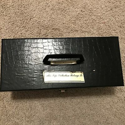 Black Vintage 8 Track Storage Carrying Case 13 tapes faux croc, red lining w/key