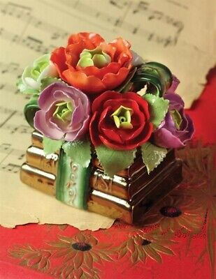 Victorian Trading Co Cosmos Flower On Stacked Library Books Music Box