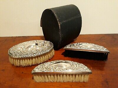 ANTIQUE Gentleman's Travel BRUSH SET in LEATHER CASE - Made in ENGLAND