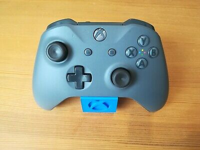 (A011) Official Grey Microsoft Xbox One Controller - 1708 model With 3.5mm Jack