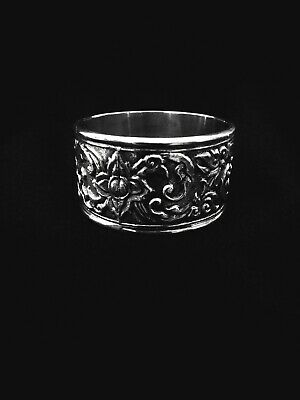 Antique Siam Sterling Silver Napkin Ring Repousse Style - RARE 🎁