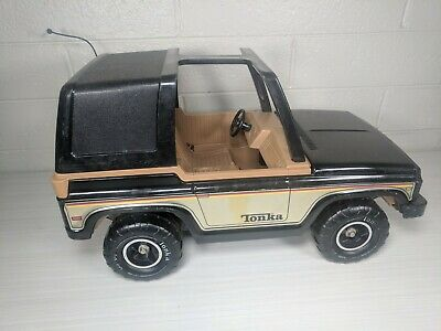 Vintage TONKA JEEP BRONCO MR-970 Large Truck Toy Car Off Road Heavy Duty Metal