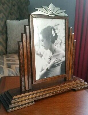 Stunning original and classic Art Deco picture frame