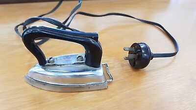 Vintage Collectable Small Electric Iron Good Working Order