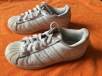 Women's girls boys adidas superstars trainers shoes size 3