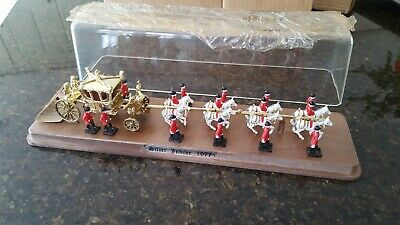 Royal State Coach Silver Jubilee 1977 collectable