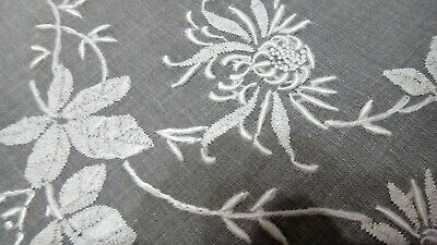 "VTG. Madeira Embroidery Organdy Tablecloth 42"", 6 Napkins Linen, Spider Mums"