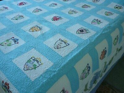 Vintage USA State quilt -hand embroidered.