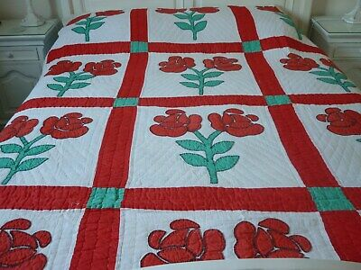 Vintage Red Rose quilt. Hand appliqued and quilted.