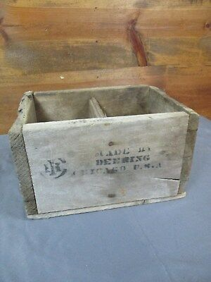 Old Primitive Vintage Wood DEERING CHICAGO Box 2 Compartment Display Crate