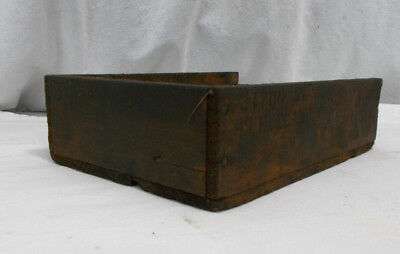 Small Antique Wood Box Nailed Crate PRIMITIVE Viintage Old Great Patina!