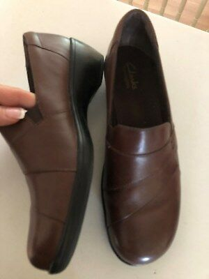 18d6755591a Clarks Bendables 62910 May Marigold Brown Leather 2 Inch Heel Loafers Size  8M Co