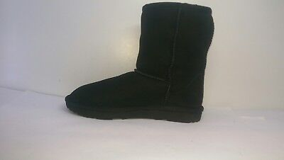 UGG Classic II Boots Black Girls Junior Size UK 2