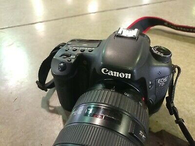 Canon EOS 7D Digital SLR Camera 18.0MP BODY ONLY