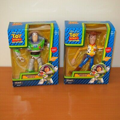 Lot of 2 ~ Disney Pixar Toy Story MAGNETIC SERIES : BUZZ LIGHTYEAR & WOODY * NEW