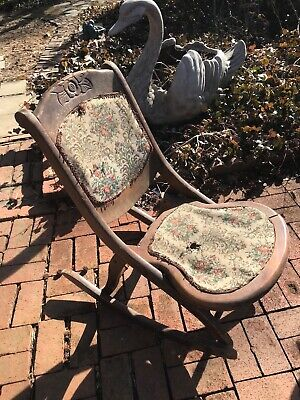 Vintage Tapestry Hardwood Folding Rocking Chair Victorian Carving / Design