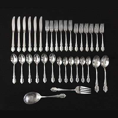 International Deluxe - AMERICAN ROSE 1967 Stainless Flatware - 34pc for 6