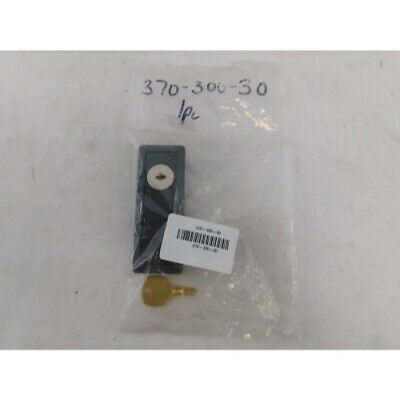 Eaton 370-300-30 Enclosure Accy, Replacement Lock