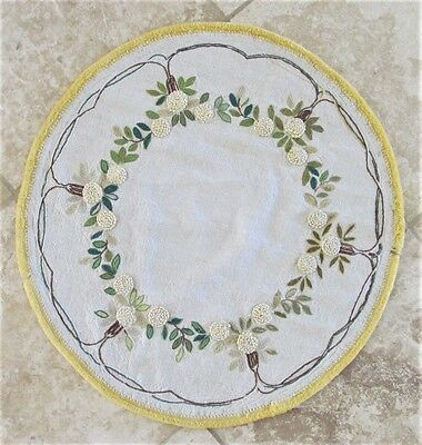 """Vintage Embroidered Linen Round Table Cover 24.5"""" Diameter"""