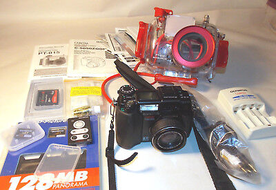 Olympus SCUBA C-5050 5MP Digital Camera w/ Underwater Case PT-015, Cards TESTED