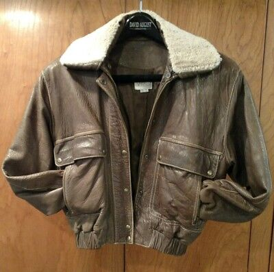 aa4da6b2d3614 VAKKO distressed brown leather bomber jacket w/ removable faux fur collar  size S