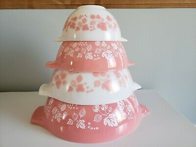 Vintage Pink Gooseberry Pyrex Mixing Bowls 441 442 443 444 excellent condition