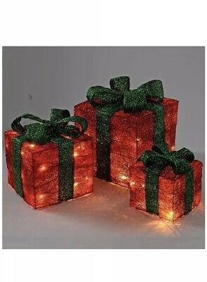 Luxury WeRchristmas Xmas Gift Box Silhouette Red with 50!Warm White LED Lights