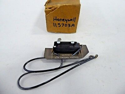 Honeywell 115703A Micro Switch Assembly with 115706 Switch