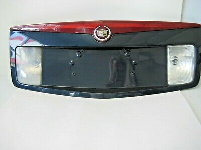2005 Cadillac Cts Trunk Lid Backup License Plate Panel 3rd Light Oem