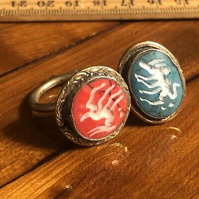 2 Ancient Islamic Style Intaglio Stone Rings Silver? Middle East Animal Jewelry