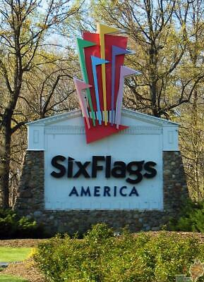 (1) One 2019 Gold Season Pass to Six Flags America / Free Season Parking