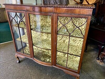 Antique Mahogany Bow Fronted Display Cabinet . DELIVERY AVAILABLE