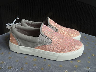 b7781235a9a4 NWT Youth Girls Shoe Size 2 * OLD NAVY * Pink Cloud Glitter Shoes Boat Slip
