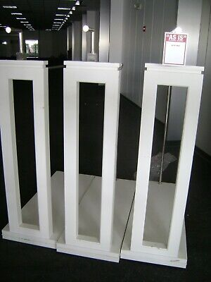 White Ss Retail Floor Single Side Garment Display Rack