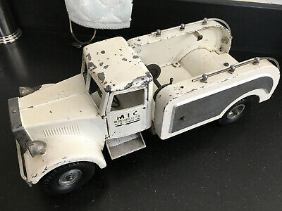 Vintage 1950's Smith Miller Mic Tow Truck Wrecker Ironson Corp - Pressed Steel