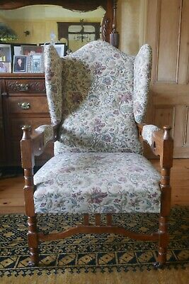Beautiful oak arts and crafts chair
