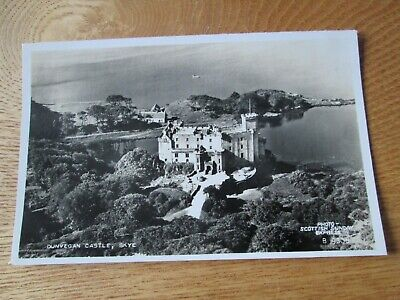 Postcard of Dunvegan Castle, Isle of Skye B9808 (RP Unposted Vallentine's)