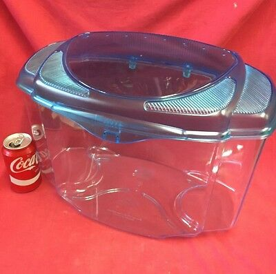 """Plastic Carrying Box 17 x 12 """" Removeable Vented Lid Transport Vets Rats Hamster"""