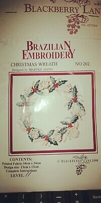 Blackberry Lane - Brazilian Embroidery Chart & Fabric Pack - Christmas Wreath