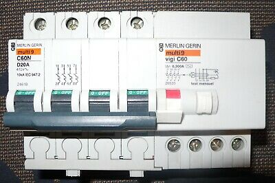 DISJONCTEUR DIFFERENTIEL 20A 300mA COURBE D TETRAPOLAIRE TRIPHASE+N MERLIN GERIN