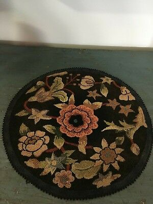 Antique Finely Hooked Hand Made Table Mat Excellent Condition