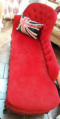 Chaise longue red