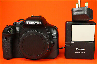 Canon EOS 550D 18MP DSLR Camera Sold With Battery & Charger 18,558 Shots