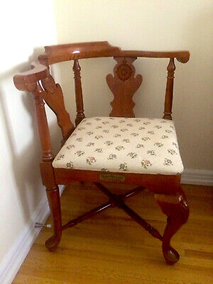"""Vintage Limited Edition American Drew Wooden Corner Chair """"The Look of America"""""""