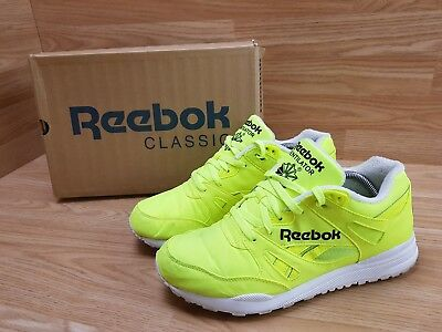 fa20bd293fd Mens Reebok Ventilator Hexalite Trainers Running Shoes Yellow White 8 UK 42  EUR