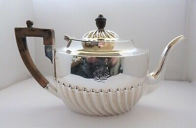 1895 VICTORIAN - HENRY HARRISON - SOLID SILVER - TEA POT - 369.5 grams