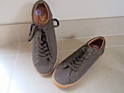 NEW Mens Lyle & Scott Canvas Pump Brown Trainers UK 7 Eu 40 BNIB SHOE LACE-UP