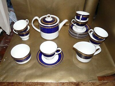 royal worcester hampton tea set, teapot milk jug sugar bowl cups and saucers