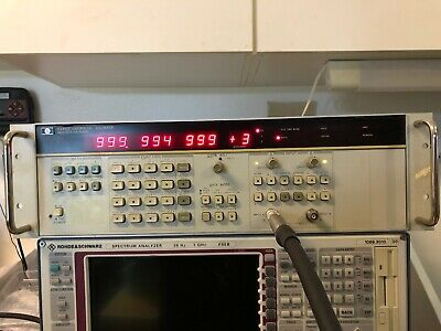 HP 5335A UNIVERSAL COUNTER 200 MHz *RACK-MOUNT* OPT: 040, C05